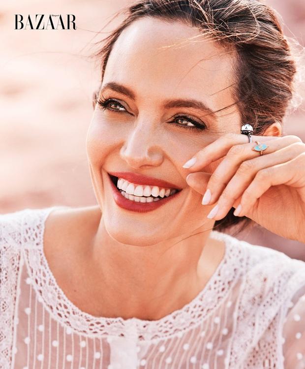 Angelina Jolie: 14 tuổi đã nổi loạn và tự tử bất thành, gái hư 2 lần đeo mác tiểu tam đến minh tinh nghị lực vượt qua ung thư - Ảnh 2.