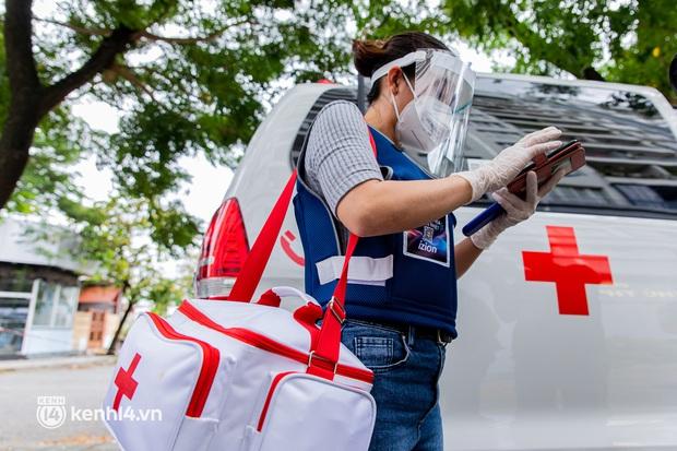 TP.HCM: Thăm khám và tiêm vaccine tận nhà cho thai phụ và người già yếu, di chuyển khó khăn - Ảnh 8.