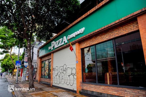 Sài Gòn cho hàng ăn uống mở bán đem về: Chị bán chè sướng run vì bán được 200 ly/ ngày, Như Lan hốt bạc nhờ bán bánh Trung thu - Ảnh 4.