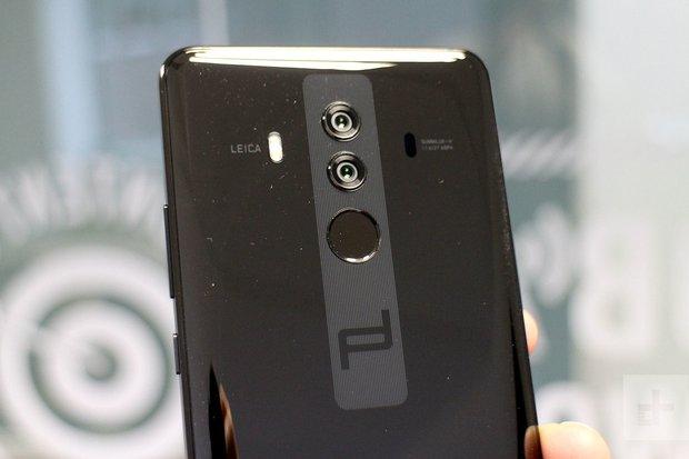 Soi smartphone của Ronaldo, bất ngờ vì không phải iPhone hay Samsung mà là một thương hiệu đến từ Trung Quốc? - Ảnh 4.