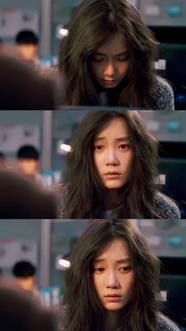 Nàng Đông Shin Hyun Bin của Hospital Playlist: Tắc kè hoa ẩn mình của điện ảnh Hàn, style ngoài đời đẹp mê mẩn khác hẳn trên phim! - Ảnh 8.