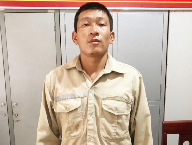 Mang điện thoại ăn cướp đến cửa hàng nhờ bẻ mật khẩu, gã đàn ông bị bắt tại trận - Ảnh 2.