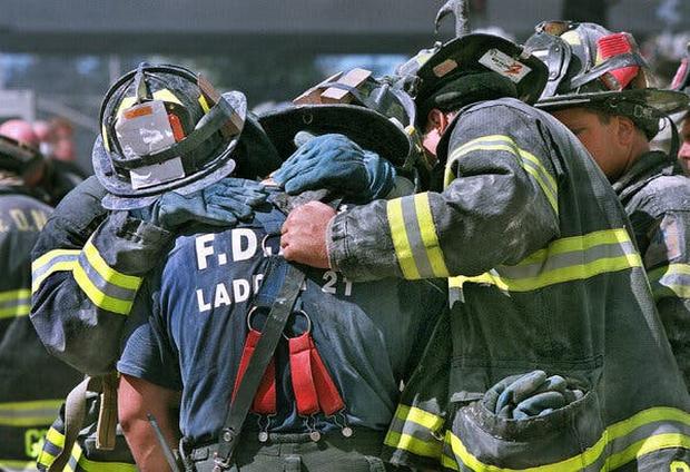 Chuyện tác nghiệp của những phóng viên chụp ảnh thảm họa 11/9: Trải nghiệm và cảm xúc ám ảnh không thể quên - Ảnh 7.