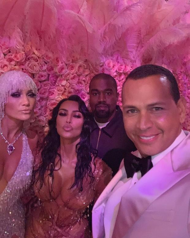 Bất chấp lệnh cấm từ Met Gala, hàng chục nghệ sĩ vẫn nhiệt tình selfie từ năm này qua năm khác - Ảnh 4.