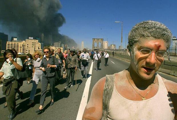 Chuyện tác nghiệp của những phóng viên chụp ảnh thảm họa 11/9: Trải nghiệm và cảm xúc ám ảnh không thể quên - Ảnh 8.