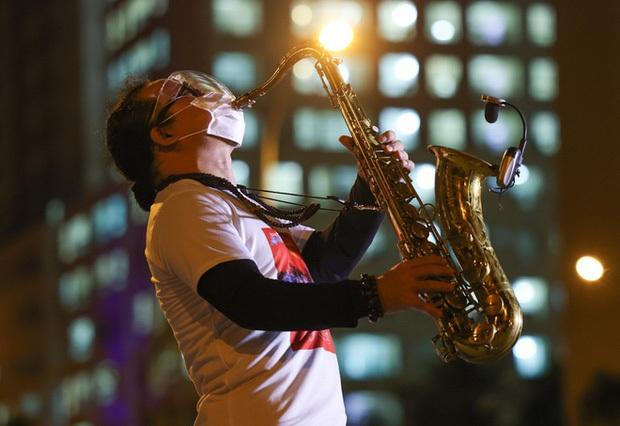 Gần 1 tháng sau khi nhập viện vì đột quỵ, sức khoẻ của nghệ sĩ Saxophone Trần Mạnh Tuấn hiện ra sao? - Ảnh 4.