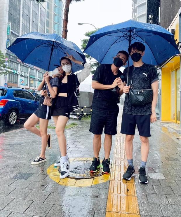 Running Man Việt mùa 2 còn chưa lên sóng, Lan Ngọc đã tự đẩy thuyền với một thành viên! - Ảnh 4.