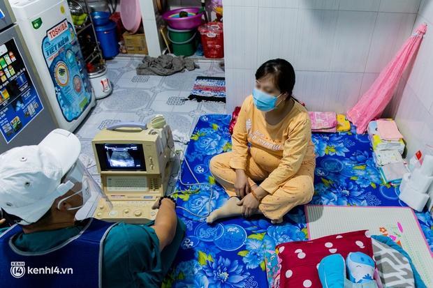 TP.HCM: Thăm khám và tiêm vaccine tận nhà cho thai phụ và người già yếu, di chuyển khó khăn - Ảnh 6.