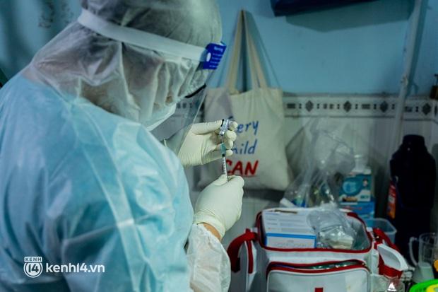 TP.HCM: Thăm khám và tiêm vaccine tận nhà cho thai phụ và người già yếu, di chuyển khó khăn - Ảnh 10.