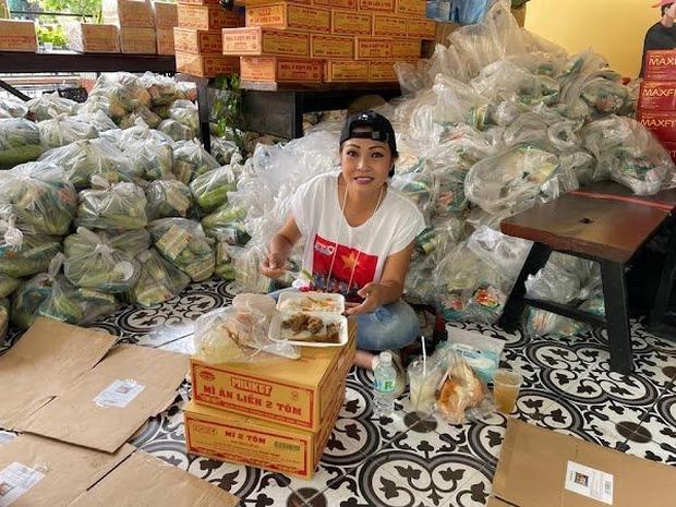 Sao Việt tuyên bố dừng làm từ thiện: Người sức tàn lực kiệt, người phải nén nước mắt, huỷ follow bạn bè vì lý do này? - Ảnh 10.