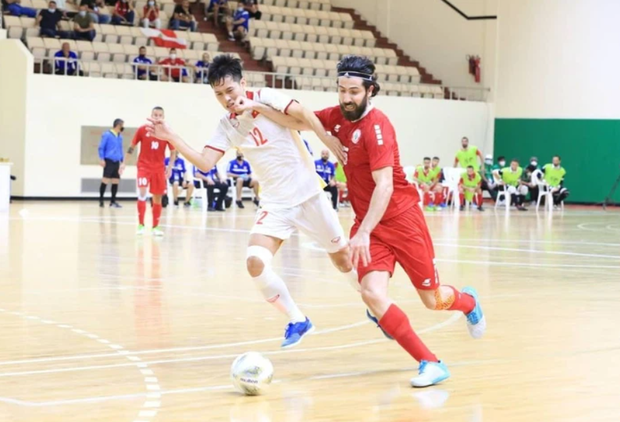 Phối hợp đá phạt ảo diệu, futsal Việt Nam chọc thủng lưới thành công ứng viên vô địch Brazil - Ảnh 23.