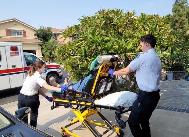 Dũng Taylor bất ngờ thông báo bố Thu Phương bị tai biến máu não nặng phải nhập viện, tình trạng hiện tại ra sao? - Ảnh 3.