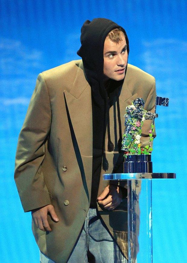 Kết quả MTV VMAs 2021: Justin Bieber chiến thắng tranh cãi, Cardi B có siêu hit WAP mà trắng tay, Olivia Rodrigo và BTS bội thu - Ảnh 5.