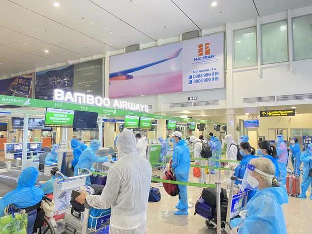 Hàng không lên kế hoạch mở lại bay nội địa, hành khách như thế nào sẽ được bay? - Ảnh 1.