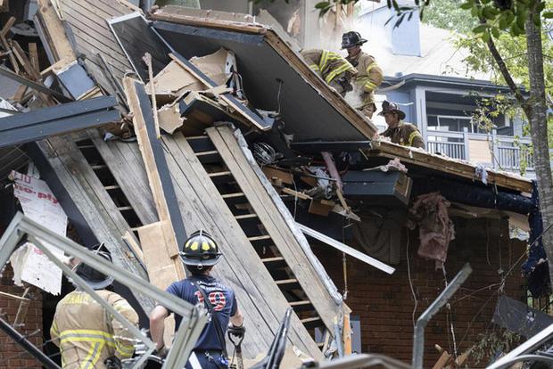 Mỹ: Nổ lớn làm rung chuyển tòa nhà chung cư ở ngoại ô Atlanta, khiến 4 người bị thương - Ảnh 1.
