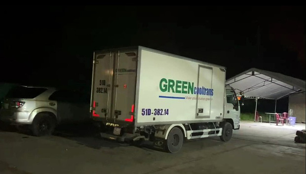 Lái xe giấu 15 người trong thùng xe đông lạnh thông chốt kiểm dịch COVID-19, công ty vận tải Thành An nói gì? - Ảnh 1.