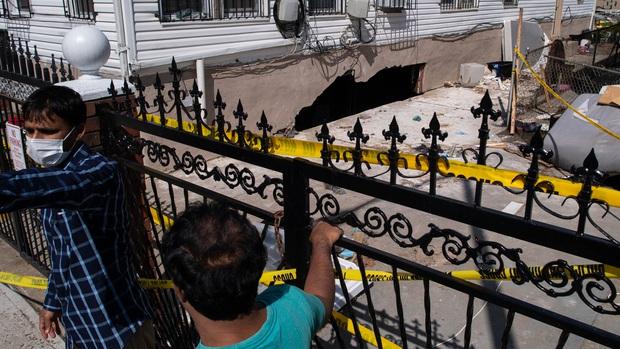 Nhìn lại siêu bão Ida cách đây 2 tuần: Cơn bão lịch sử khiến nước Mỹ lộ ra những cái bẫy chết người - Ảnh 8.