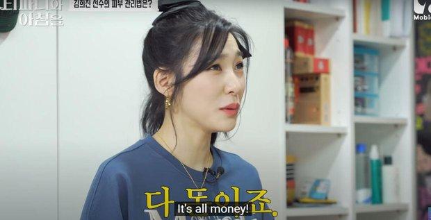 Tiffany (SNSD) gây xôn xao khi phát biểu: Da em đẹp là nhờ tiền cả đấy, tiền không nói dối - Ảnh 4.