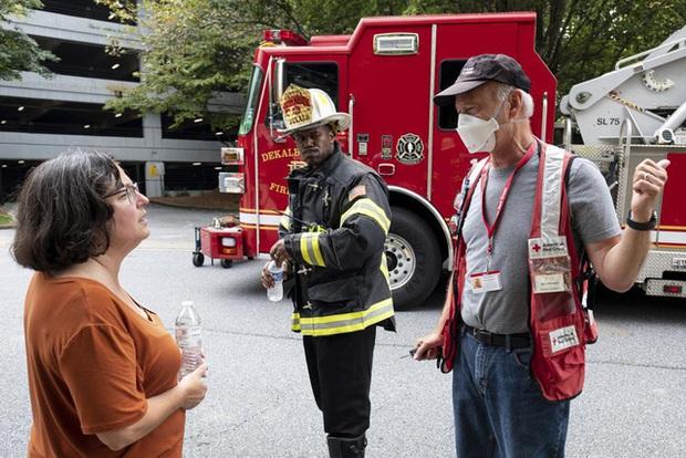 Mỹ: Nổ lớn làm rung chuyển tòa nhà chung cư ở ngoại ô Atlanta, khiến 4 người bị thương - Ảnh 7.