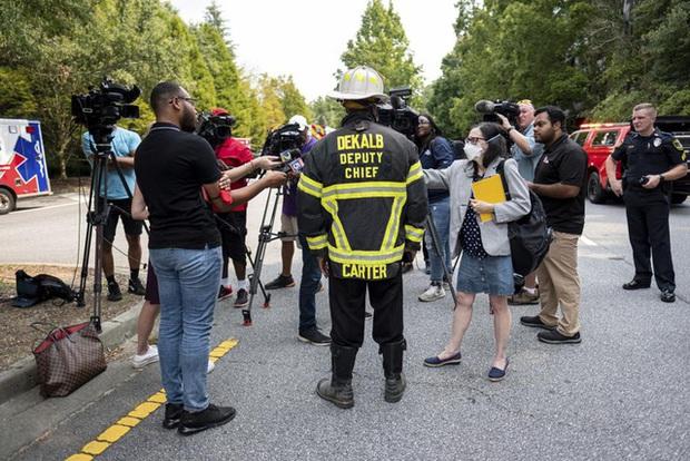 Mỹ: Nổ lớn làm rung chuyển tòa nhà chung cư ở ngoại ô Atlanta, khiến 4 người bị thương - Ảnh 8.
