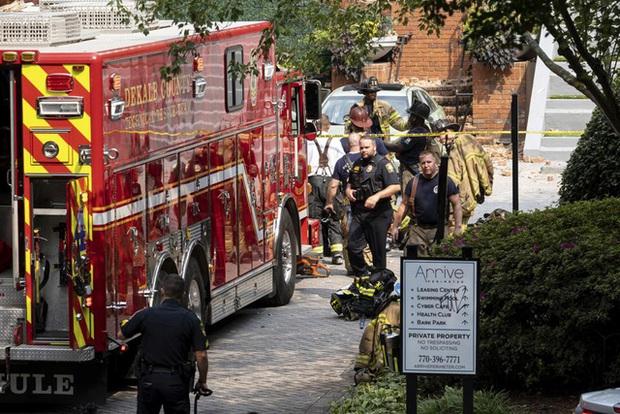 Mỹ: Nổ lớn làm rung chuyển tòa nhà chung cư ở ngoại ô Atlanta, khiến 4 người bị thương - Ảnh 9.