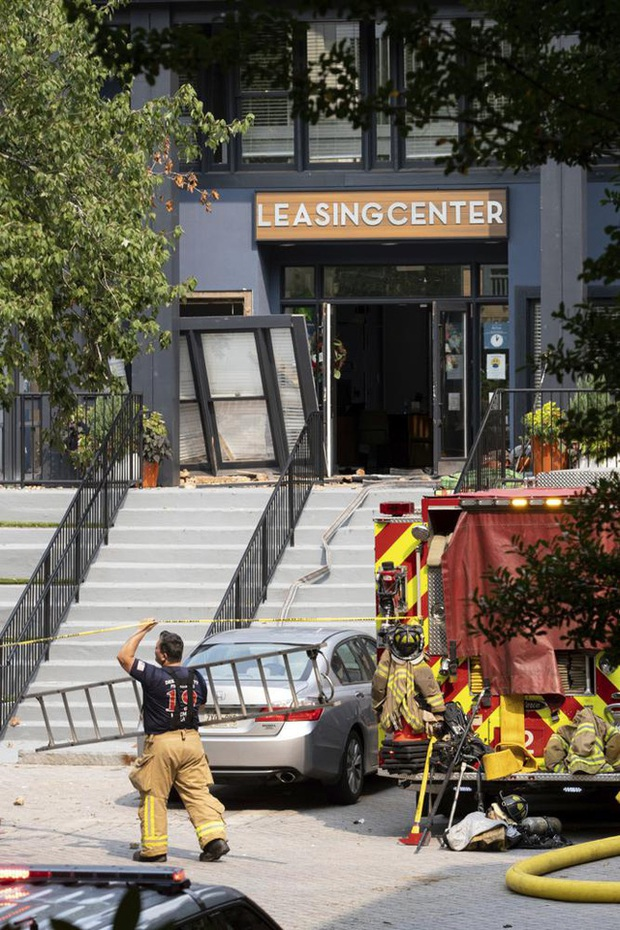 Mỹ: Nổ lớn làm rung chuyển tòa nhà chung cư ở ngoại ô Atlanta, khiến 4 người bị thương - Ảnh 10.