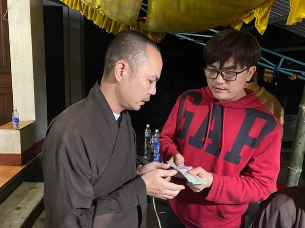 Sao Việt tuyên bố dừng làm từ thiện: Người sức tàn lực kiệt, người phải nén nước mắt, huỷ follow bạn bè vì lý do này? - Ảnh 5.