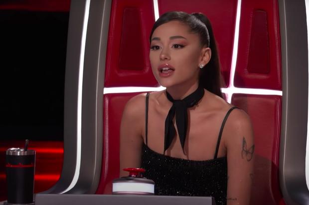 Xuất hiện thí sinh Việt tại The Voice Mỹ khiến Ariana Grande ra sức năn nỉ về đội? - Ảnh 4.