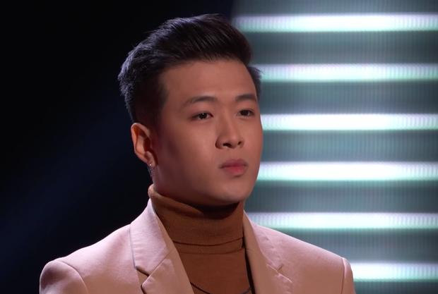 Xuất hiện thí sinh Việt tại The Voice Mỹ khiến Ariana Grande ra sức năn nỉ về đội? - Ảnh 2.