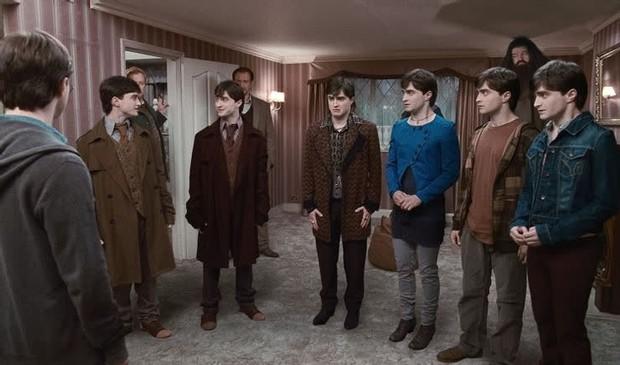 6 sự thật té ngửa ở hậu trường Harry Potter: Phần 5 phải dừng quay vì Hermione và Harry, tạo hình Voldemort suýt nữa thì khác - Ảnh 2.