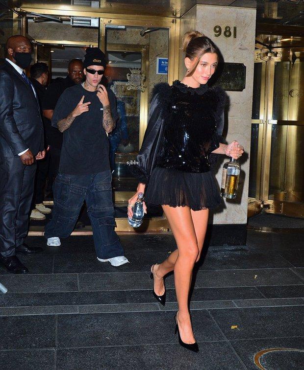Cả dàn sao bị đèn flash dìm thảm hại ở tiệc hậu Met Gala, riêng Rosé xinh xỉu, Kendall và thiên thần Victoria's Secret nóng bỏng ngộp thở! - Ảnh 11.