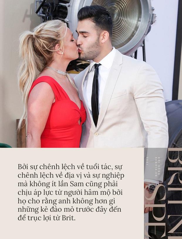 Britney Spears đính hôn cùng Sam Asghari: Tình yêu không cứu giúp nhưng sẽ nắm tay trong lúc bạn tự cứu chính mình - Ảnh 3.