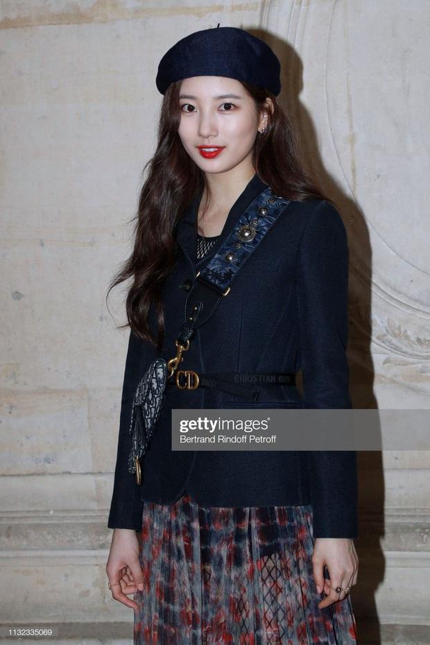 Phóng viên bóc nhan sắc mỹ nhân Kpop ở sự kiện quốc tế: Rosé lộ khuyết điểm, Jessica - Krystal dừ chát, riêng Jennie và Suzy khác hẳn - Ảnh 14.