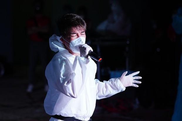 Bà Phương Hằng tuyên bố dừng livestream sau 6 tháng khẩu chiến và loạt nghệ sĩ Vbiz bất ngờ thông báo dừng việc thiện nguyện - Ảnh 6.