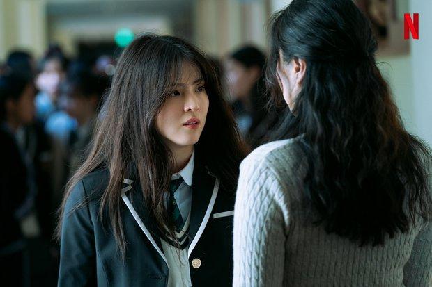 Han So Hee lộ ảnh máu me be bét, đánh đấm cực ngầu ở phim mới, bad girl xăm trổ tái xuất rồi đây! - Ảnh 5.