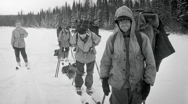 Frozen từng giúp giải mã thảm kịch núi tử thần 62 năm không lời giải: 9 người chết bí ẩn với vết thương lạ, sự thật đằng sau là gì? - Ảnh 2.
