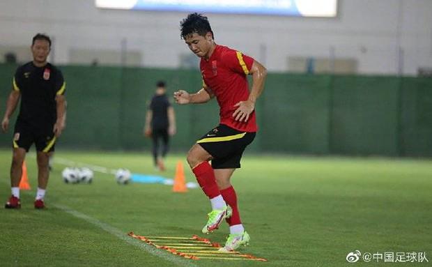 Truyền thông Trung Quốc chỉ ra lợi thế của tuyển Việt Nam khi thi đấu ở UAE - Ảnh 2.