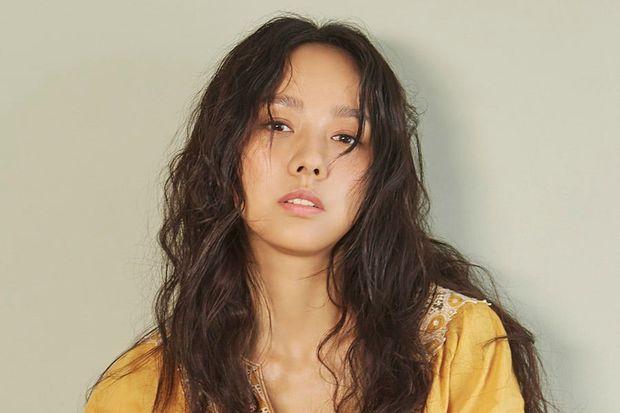 Biểu tượng sexy Kpop dính nghi vấn nâng ngực thời debut solo, sự thật đằng sau là gì? - Ảnh 8.