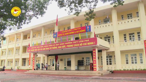 Sự thật bất ngờ vụ Thầy giáo Quảng Ninh bị tố quấy rối, nhắn tin tán tỉnh nữ sinh cấp 3: UBND TP đưa ra kết luận chính thức - Ảnh 3.