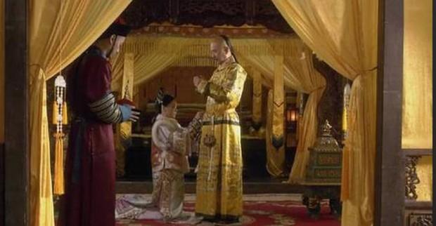 Không phải Tôn Lệ, đây mới là ứng viên số 1 cho vai Chân Hoàn: Vì mang thai mà bỏ cuộc chơi thẳng thừng luôn! - Ảnh 2.
