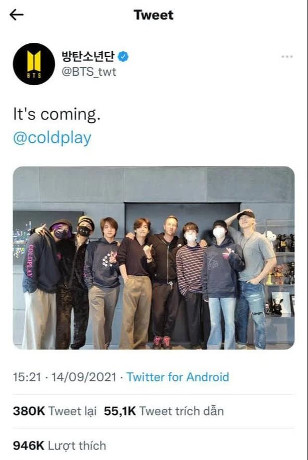 BTS và Coldplay cùng nhau quậy trong phòng thu, nhìn áo của trưởng nhóm người Anh là biết tình cảm dành cho boygroup toàn cầu - Ảnh 4.