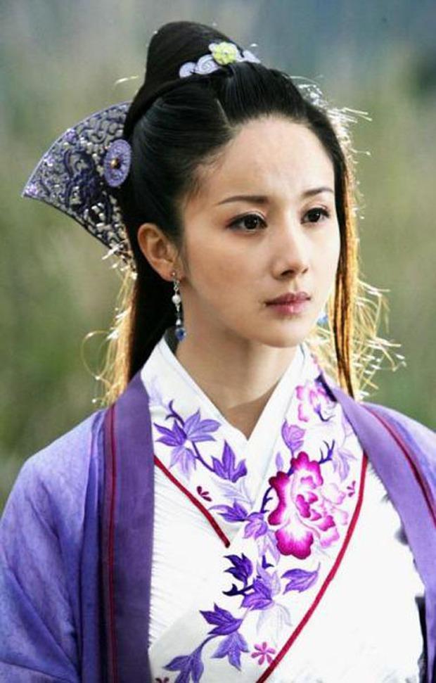 5 nàng công chúa bất hạnh nhất màn ảnh Hoa ngữ: Người mất một cánh tay, người chịu tủi nhục vì bị cưỡng bức - Ảnh 3.