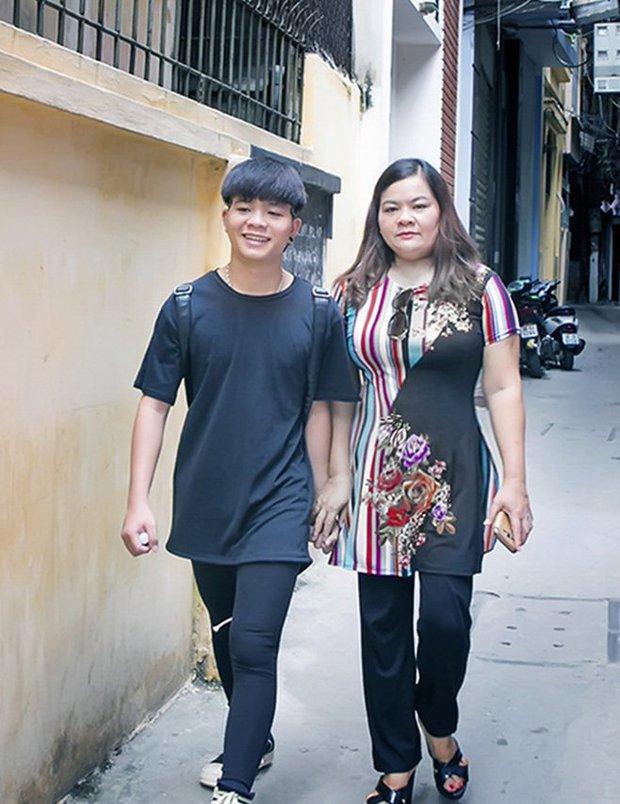 Một Quán quân The Voice Kids có mẹ làm lao công, rửa bát thuê để nuôi ăn học, đóng tiền trọ - Ảnh 4.