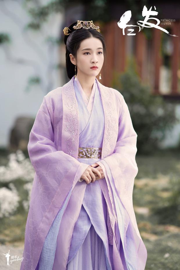 5 nàng công chúa bất hạnh nhất màn ảnh Hoa ngữ: Người mất một cánh tay, người chịu tủi nhục vì bị cưỡng bức - Ảnh 10.