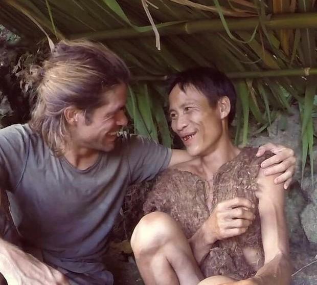 """Báo quốc tế đồng loạt đưa tin về sự ra đi của """"Người rừng Việt Nam"""" Hồ Văn Lang: Nhà thám hiểm nước ngoài nghẹn ngào tiếc thương - Ảnh 4."""