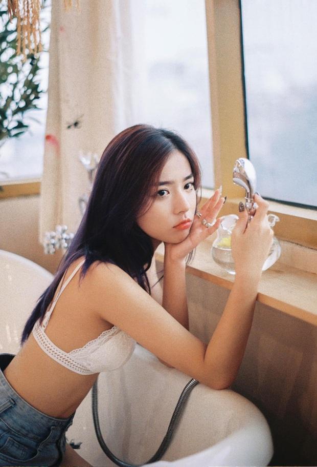 Có nhan sắc giống Yena đến 90%, dù mù tịt chuyên môn, hot girl 2K1 vẫn nổi như cồn, trở thành KOL quảng cáo game - Ảnh 1.