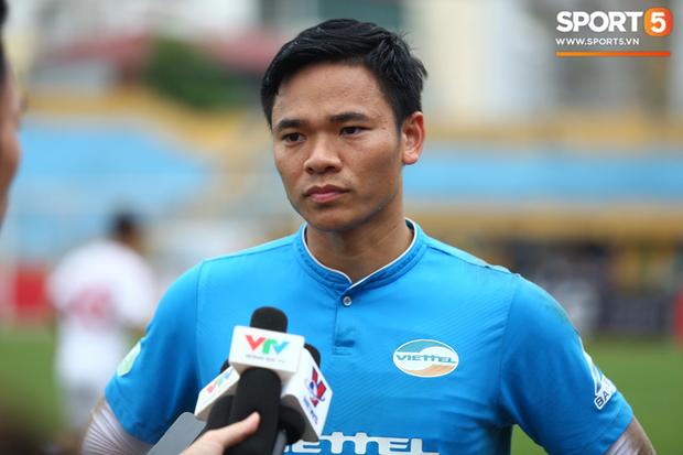 HLV Park Hang-seo bổ sung thêm một thủ môn lên ĐTQG chuẩn bị cho trận gặp Trung Quốc - Ảnh 2.