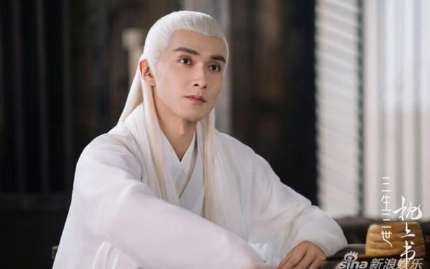 Dương Dương sắp hoá quỷ khát máu đẹp trai nhất làng, yêu đương tiểu thư nhà giàu nhưng tật nguyền ở phim mới? - Ảnh 4.
