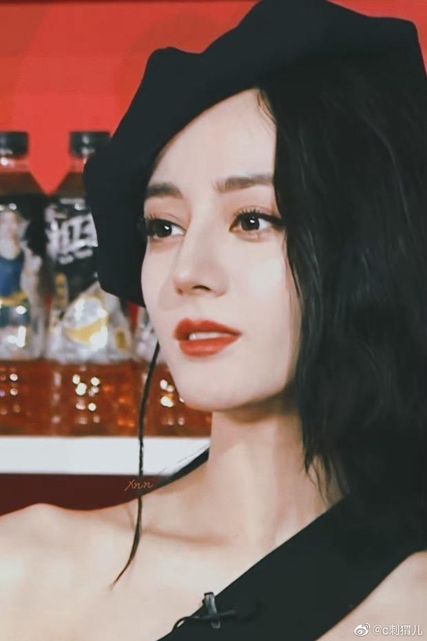 Nàng thơ đẹp nhất Weibo hôm nay: Nhiệt Ba tăng cân chút nhẹ mà visual lên hương ngút ngàn, bảo sao netizen xỉu up xỉu down - Ảnh 9.