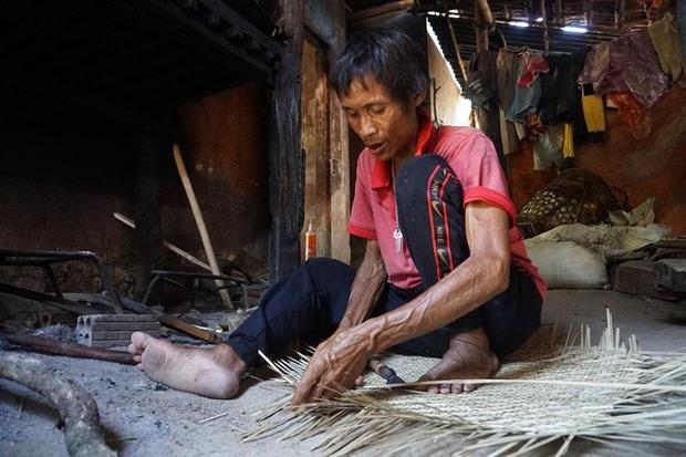 """Báo quốc tế đồng loạt đưa tin về sự ra đi của """"Người rừng Việt Nam"""" Hồ Văn Lang: Nhà thám hiểm nước ngoài nghẹn ngào tiếc thương - Ảnh 5."""
